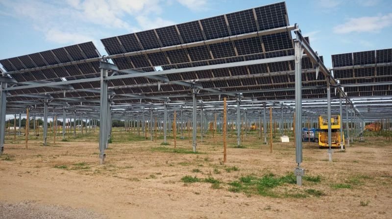 Axial launches its new AgriTracker solar tracker, a revolutionary system that harnesses agriculture and photovoltaic solar energy
